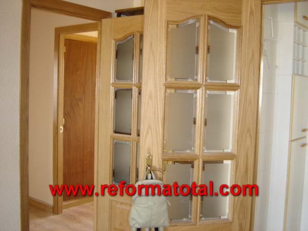 004 054 fotos de puertas madera con cristal im genes de - Puertas de madera con cristal ...
