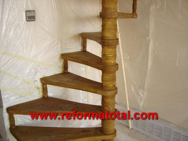 04 46 imagenes escaleras de madera carpinteria de madera - Disenos de escaleras de madera para interiores ...