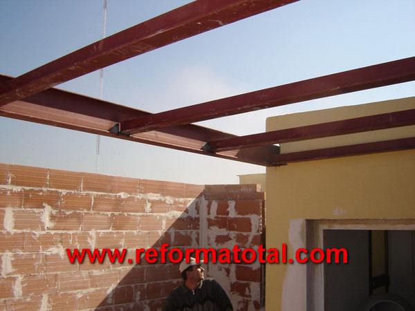 04 57 fotos estructuras metalicas reforma total en madrid empresa de reformas y obras - Tipos de vigas metalicas ...