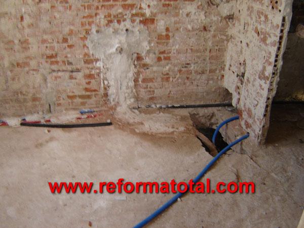 05 26 fotos fontaneria reforma reforma total en madrid - Obras y reformas madrid ...