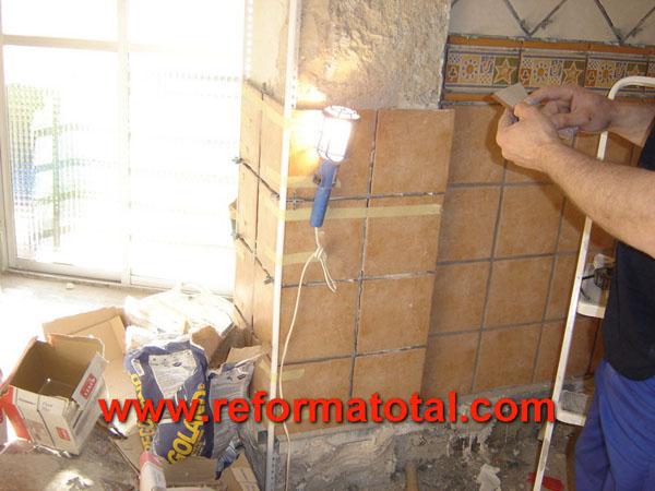 10 03 fotos azulejos cocinas reformas integrales en for Azulejos alcobendas