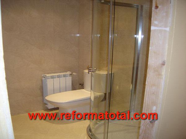 11 09 fotos obras piso reformas integrales en madrid for Reforma bano plato ducha