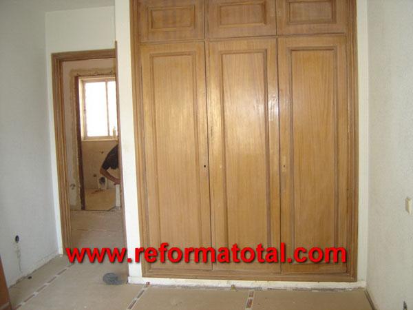 14 04 fotos puertas de entrada reformas integrales en for Reformar puertas