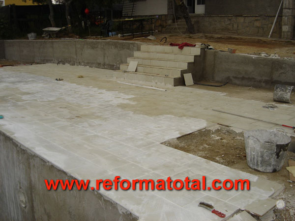 015 043 fotos de construccion de piscinas im genes de for Precio construccion piscina obra