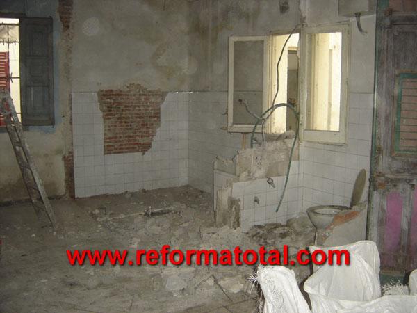 23 04 fotos desescombros vaciados reformas integrales en madrid reformas y decoraciones - Reformas casas madrid ...