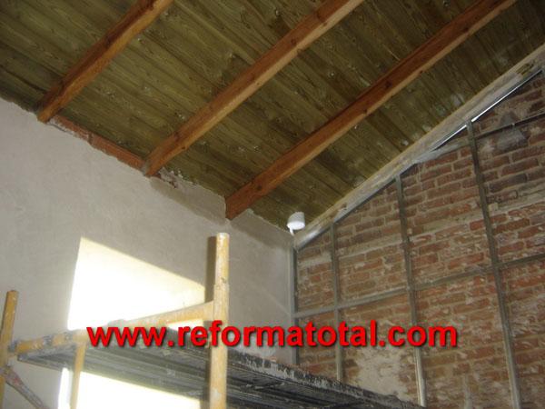 23 11 imagenes techos madera falsos techos en madrid - Falsos techos para banos ...