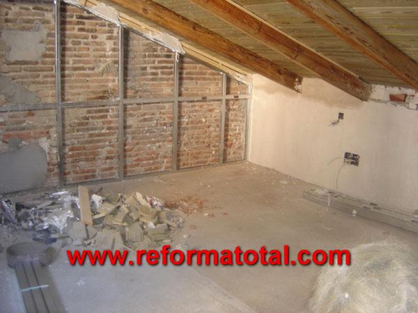 23 14 fotos trasdosado pladur reforma total en madrid for Formas de techos para casas