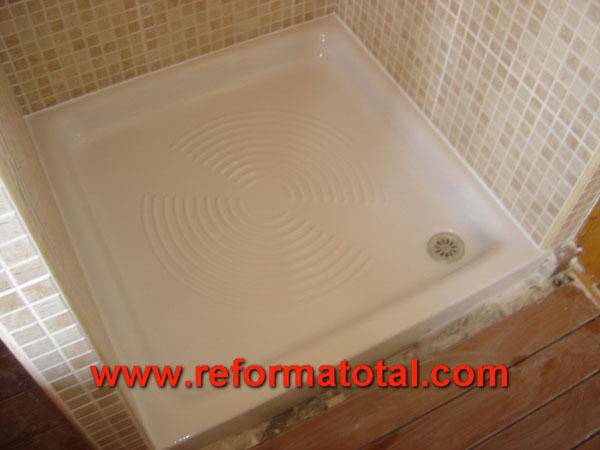 25 07 imagenes casa madera reformas integrales en madrid - Decoracion banos con plato de ducha ...
