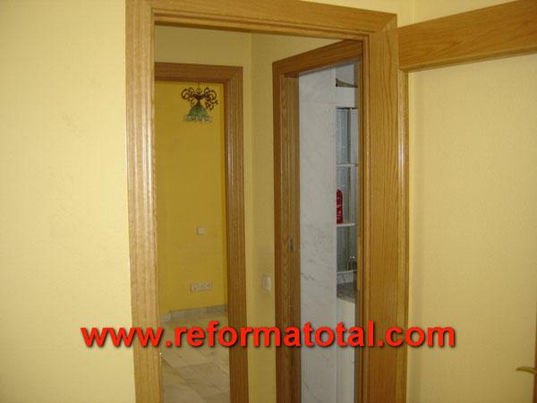 27 03 imagenes puertas madera fotos de reformas y for Compartir piso alcobendas