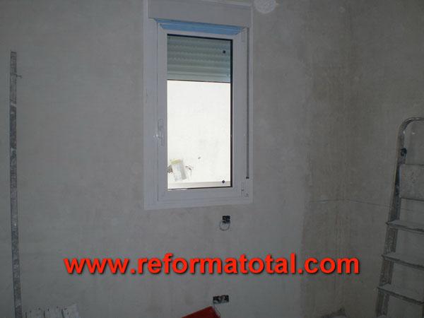Fotos de reformas y decoraciones imagenes reformas for Colocacion de ventanas de aluminio