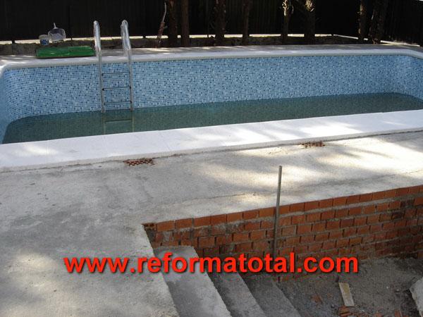 31 01 imagenes piscinas obra reformas integrales en for Empresas mantenimiento piscinas