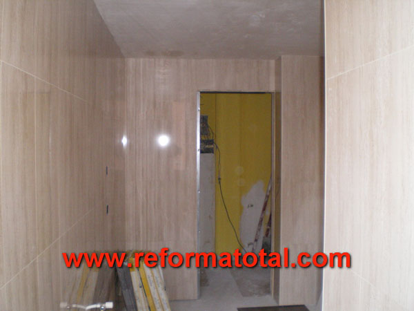 037 04 imagenes reformas cocinas reforma total en - Precio reforma fontaneria piso ...