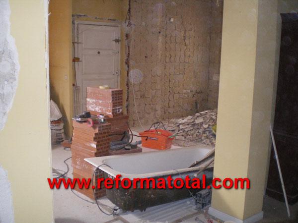 040 02 fotos reforma de piso reformas integrales en madrid reformas y decoraciones integrales - Precio reforma fontaneria piso ...