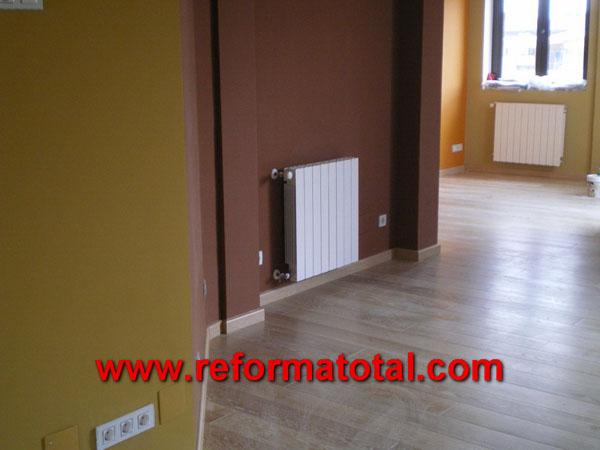 040 011 imagenes pintar piso reforma total en madrid for Pintar entrada piso