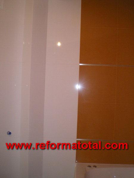 040 017 imagenes ba o alicatado reforma total en madrid - Azulejos bano madrid ...
