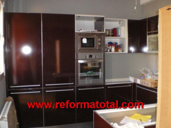 040 021 imagenes cerramientos cocinas reformas for Hornos para cocina
