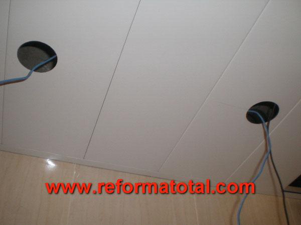 041 015 fotos de techo en aluminio ba o im genes de for Techos desmontables para banos