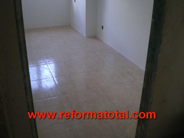 Reformas cocinas y ba os reforma total en madrid for Cuanto esta el marmol