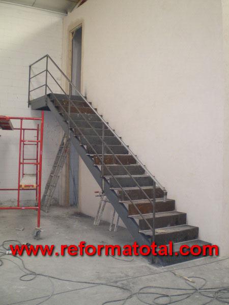 044 08 Imagenes Escaleras Metalicas Reformas Integrales