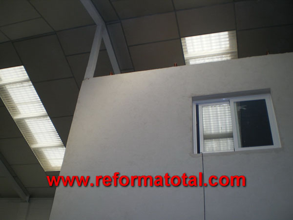 044 09 fotos escalera de metal reforma total en madrid - Obras y reformas madrid ...