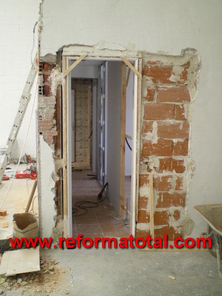 Colocacion puertas interior materiales de construcci n for Precio instalacion puertas interior