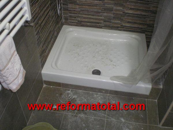 045 10 fotos instalacion plato ducha reformas ba os en for Como colocar un plato de ducha