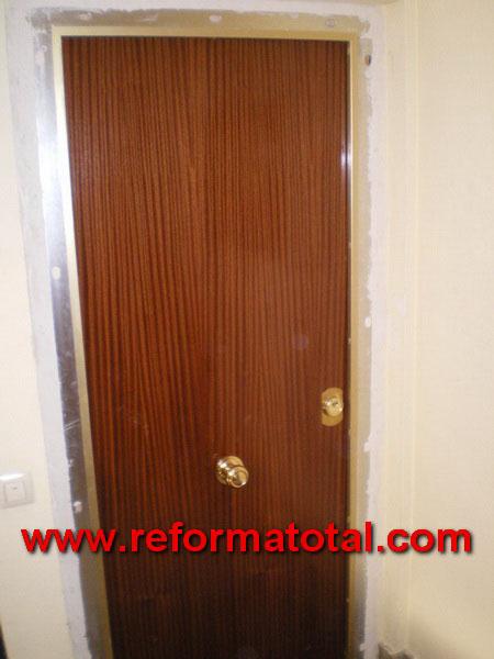Venta puertas de seguridad fabrica de puertas blindadas for Puertas blindadas