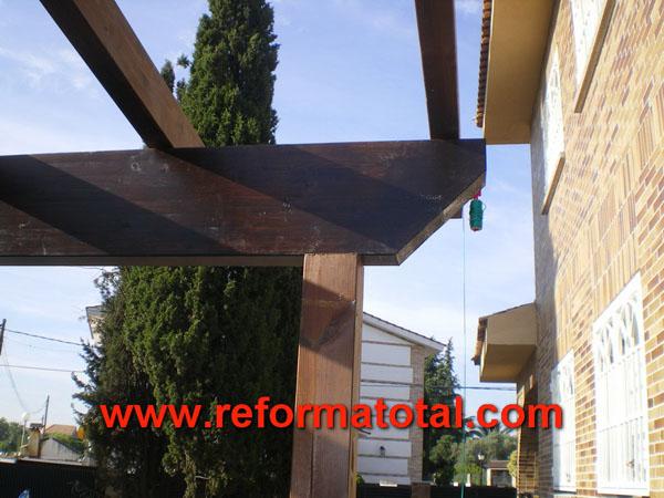 046 04 imagenes porches madera fotos de reformas y - Pergola de obra ...