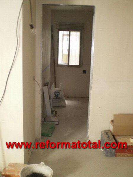047 09 imagenes reformar un piso reforma total en for Reforma total de un piso