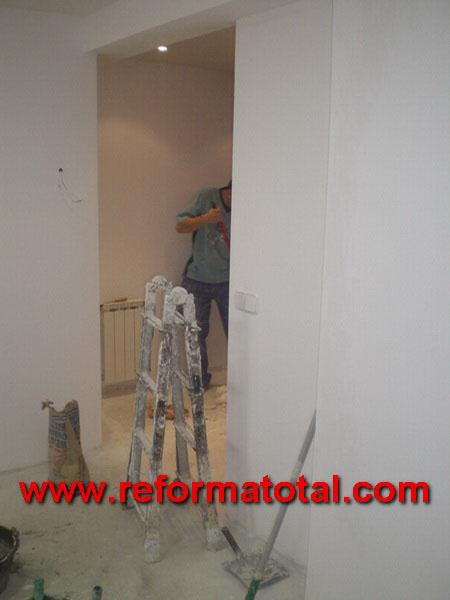 047 010 fotos pintura piso fotos de reformas y for Pintar entrada piso