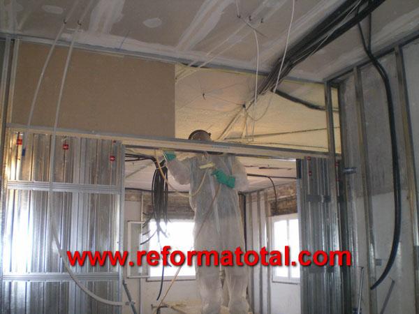 048 02 fotos poliuretano proyectado reforma total en - Obras y reformas madrid ...