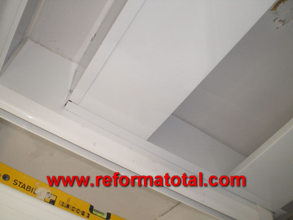 050 02 fotos falso techo aluminio fotos de reformas y - Falso techo aluminio ...
