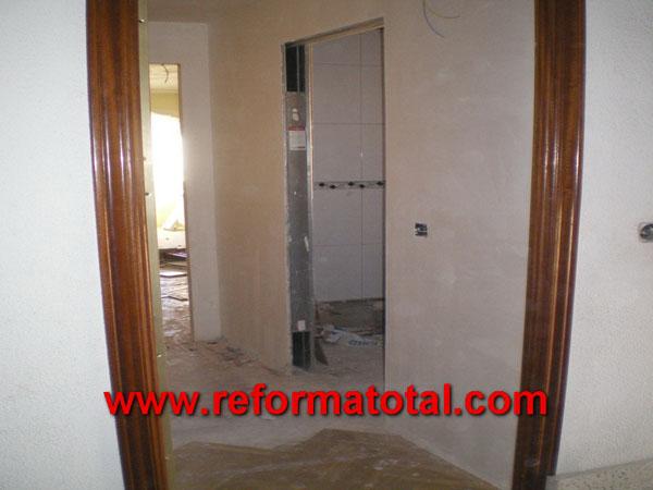 051 01 fotos reformas construccion fotos de reformas y - Molduras para puertas ...