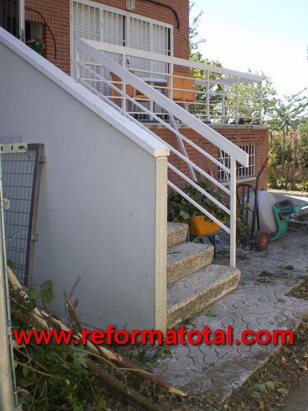 052 01 imagenes escaleras hormigon reforma total en - Fotos de escaleras exteriores de casas ...