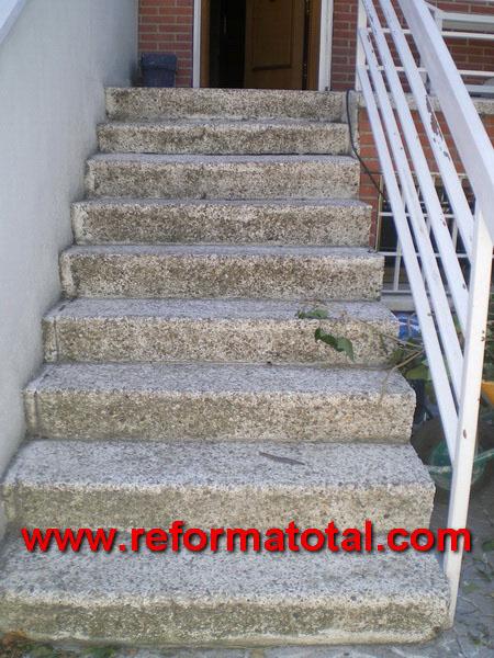 052 01 imagenes escaleras hormigon reformas integrales for Modelos de escaleras exteriores