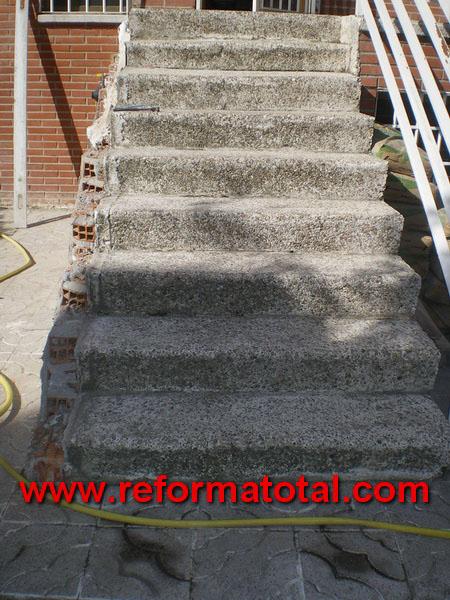 052 008 fotos de rehabilitar escalera chalet im genes - Escaleras de exterior de obra ...