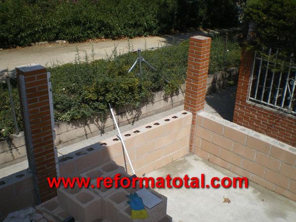 052 06 fotos pavimento ceramico reforma total en madrid for Empresas de pavimentos de hormigon