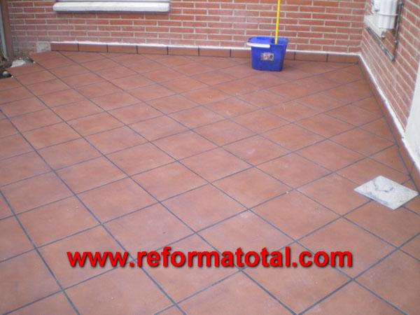 052 057 fotos de pavimento de gres im genes de for Ceramica patios fotos