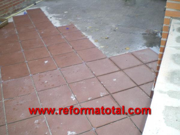 052 06 fotos pavimento ceramico reforma total en madrid - Plaquetas suelo exterior ...