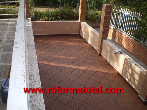 052 08 fotos pavimentos exteriores reformas integrales - Decoracion muros exteriores ...