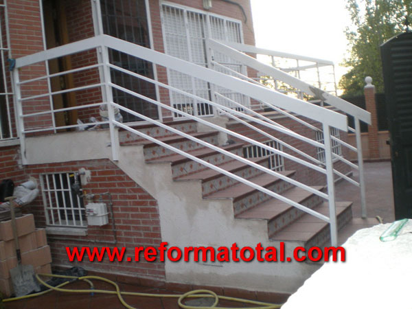 052 10 fotos escaleras para exteriores reformas for Escaleras exteriores
