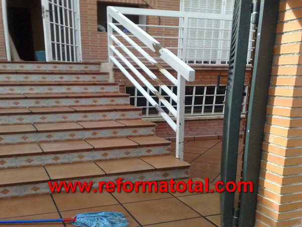 052 10 fotos escaleras para exteriores fotos de reformas - Escaleras para exterior ...