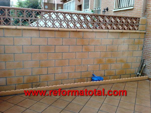 052 11 imagenes cerramientos vallas fotos de reformas y for Decoracion de jardines y muros exteriores