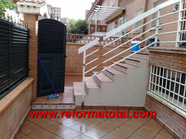 052 12 fotos vallas metalicas reformas integrales en - Patios exteriores ...