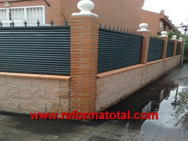 052 13 imagenes cerramientos seguridad reformas - Decoracion muros exteriores ...