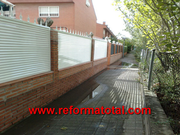 052 130 fotos de verjas de hierro im genes de verjas de - Vallas exteriores para casas ...
