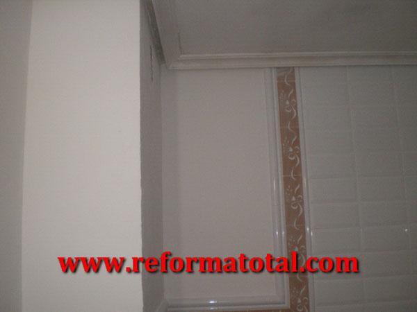 053 03 fotos techo escayola ba o falsos techos en madrid - Falsos techos para banos ...