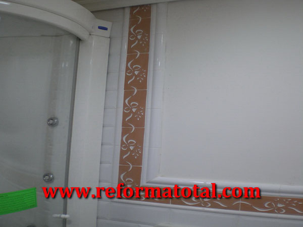 053 05 fotos cabina hidromasaje reformas integrales en for Azulejos alcobendas