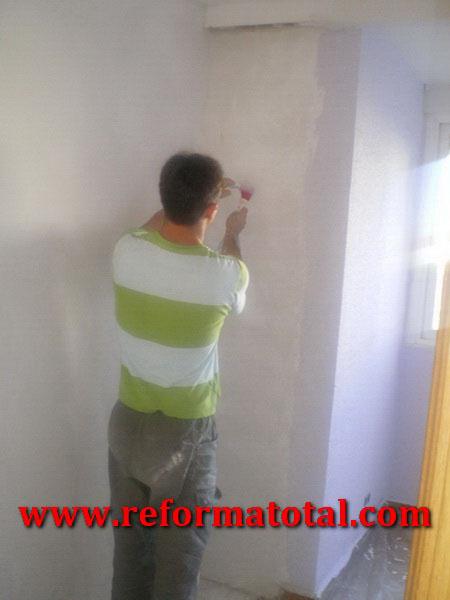 054 02 fotos pintura interiores fotos de reformas y - Trabajos de pintor en madrid ...