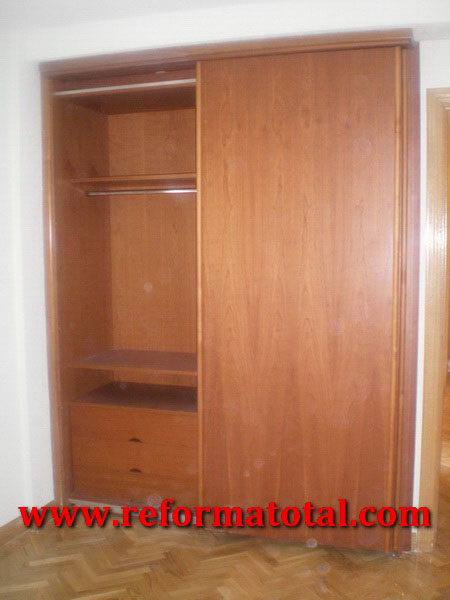 054 07 imagenes puertas interior carpinteria de madera - Montaje armario empotrado ...